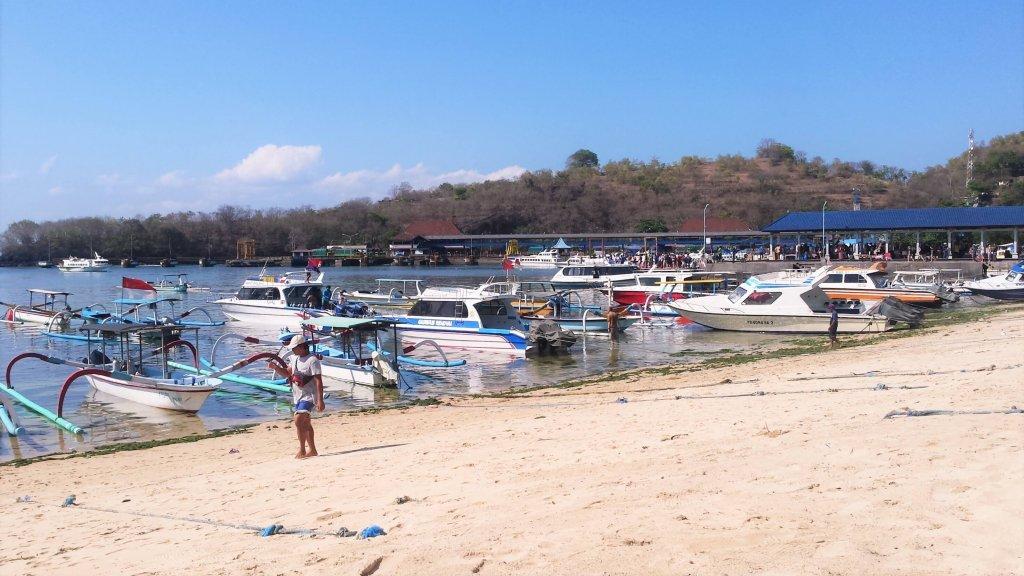 Bali. Port w Padang Bai