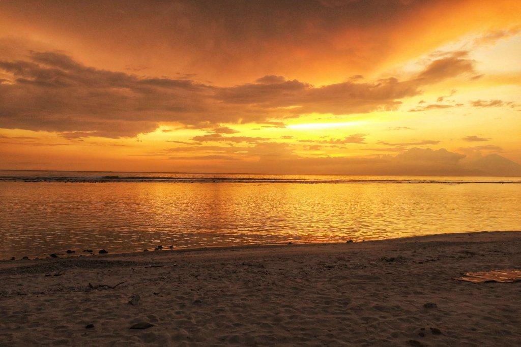 Zachód słońca na Gili