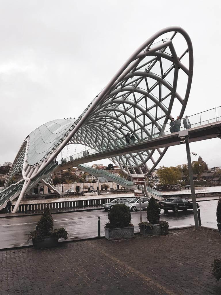 Most Pokoju w Gruzji.